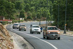 Du lịch xuyên quốc gia bằng ô tô cần chuẩn bị những gì?