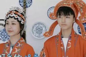 Huỳnh Hiểu Minh bị ném đá khi bắt Vương Tuấn Khải mặc đồ cưới với Dương Tử dù nhóm trưởng TFBoys chưa đủ tuổi kết hôn
