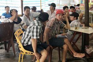 Bắt quả tang 18 nông dân cá độ đá gà trực tuyến