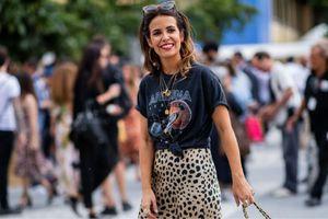 Chiếc váy da báo đang trend trên mạng hạ giá kỷ lục