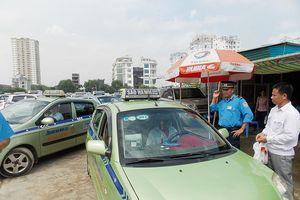 Taxi Hà Nội sẽ phải mặc 'đồng phục' theo 5 màu sơn?