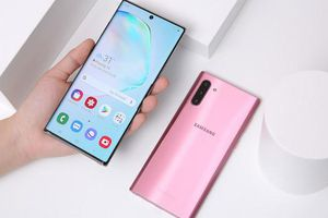 Làm thế nào để tắt điện thoại Galaxy Note 10?
