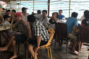 Triệt xóa tụ điểm đá gà ăn tiền trực tuyến qua mạng ở Cà Mau