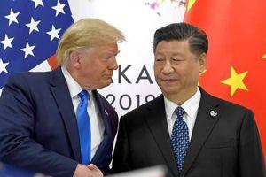 Tổng thống Trump lần đầu bày tỏ hối tiếc khi dấn thân vào chiến tranh thương mại với Trung Quốc