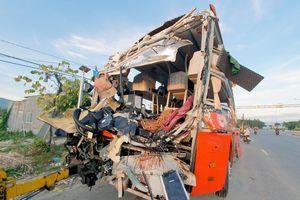 Khởi tố vụ án xe khách Phương Trang tông ôtô giường nằm