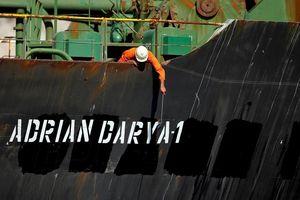 Iran bán được dầu trên tàu Adrian Darya