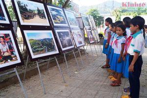 Đất nước – Con người Trà Bồng và miền Tây Quảng Ngãi qua ảnh