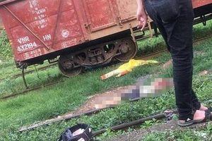 Người đàn ông say rượu bò qua đường sắt bị tàu hỏa cán tử vong