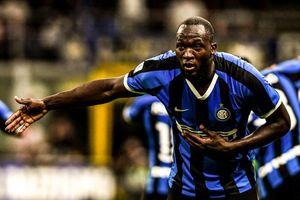 Lukaku ghi bàn giúp Inter chiếm ngôi đầu bảng Serie A