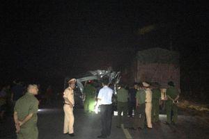 Hưng Yên: Xe khách va chạm xe container trong đêm, 16 người bị thương