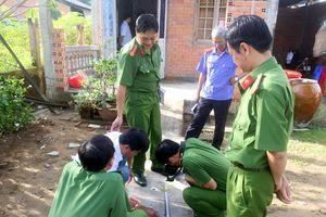 Lâm Đồng: Truy tìm nhóm côn đồ bịt mặt xông vào nhà dân chém chết người