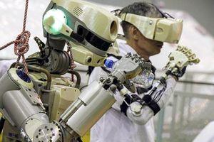 Nga đưa robot hình người đầu tiên lên ISS