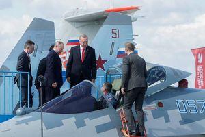 Tổng thống Thổ Nhĩ Kỳ dự triển lãm hàng không Nga, hỏi mua Su-57