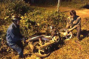 2 xe máy bị tông văng giữa đường, 3 người tử nạn