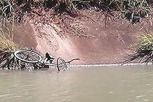 Một chiến sỹ Công an hy sinh khi tìm kiếm nạn nhân mất tích dưới kênh