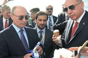 Ông Putin mời Tổng thống Thổ Nhĩ Kỳ thưởng thức kem Nga