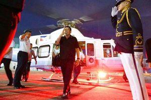 TT Duterte đi máy bay tư nhân để đến Bắc Kinh