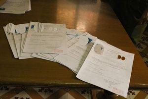 Quảng Ninh: Khởi tố cặp vợ chồng làm gần 100 giấy khám sức khỏe giả cho giáo viên