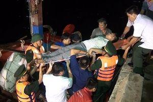 Hơn 150 tàu cá Quảng Bình nằm trong 'vùng nguy hiểm' bão số 4