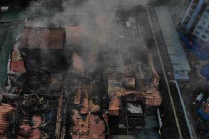 Công ty bóng đèn phích nước Rạng Đông tan hoang sau vụ cháy kinh hoàng