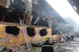 Sau hỏa hoạn, cổ phiếu Bóng đèn Phích nước Rạng Đông giảm kịch sàn