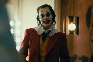 Joker xuất hiện cùng người tình 'bí ẩn' trong trailer mới nhất