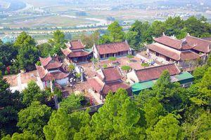 Tưởng nhớ công đức người anh hùng dân tộc Hoàng đế Quang Trung