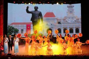 Nhiều chương trình văn hóa nghệ thuật nhân 50 năm thực hiện Di chúc của Bác Hồ và kỷ niệm Quốc khánh 2/9