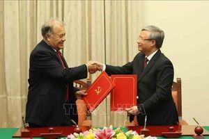 Đoàn đại biểu Đảng Lao động Mexico thăm Việt Nam