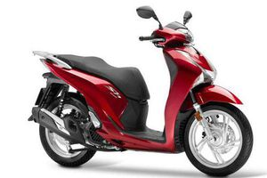 XE HOT (29/8): 3 ôtô VinFast sắp tăng giá, Honda SH150i ở Việt Nam cao hơn Indonesia 27,75 triệu