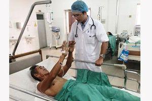 Chỉ 40 phút cứu sống 2 bệnh nhân đột quỵ