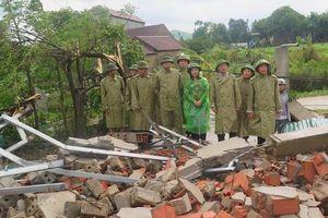 Hà Tĩnh khẩn trương khắc phục thiệt hại do lốc xoáy
