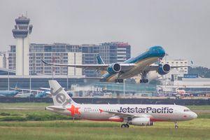 Vienam Airlines hủy 5 chuyến bay vì bão số 4 sắp đổ bộ miền Trung