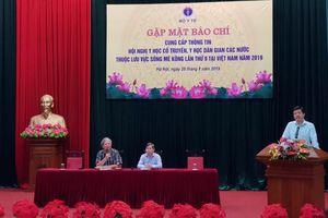 Việt Nam: Mỗi năm có khoảng 30% số người bệnh được khám và điều trị bằng y học cổ truyền…