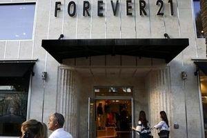 Forever 21 sẽ đệ đơn phá sản, đế chế thời trang nhanh đang lung lay?