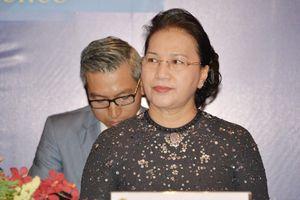 Chủ tịch Quốc hội đồng chủ trì họp báo với Chủ tịch Hạ viện Thái Lan