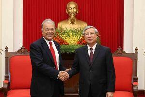 Ông Trần Quốc Vượng tiếp Tổng Bí thư Đảng Lao động Mexico
