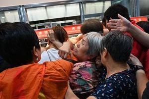 Costco 'thất thủ' ngày đầu mở cửa ở Thượng Hải: Ai bảo người Trung Quốc đang tẩy chay hàng Mỹ?