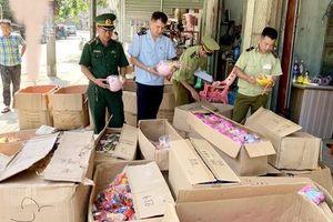 Thu giữ trên 7.000 sản phẩm đồ chơi nhập lậu các loại do Trung Quốc sản xuất
