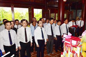 Các địa phương trong cả nước dâng hương tưởng nhớ Chủ tịch Hồ Chí Minh