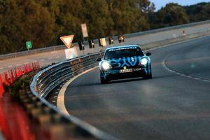 Xe điện Porsche Taycan chạy suốt 3.400km trong 24h