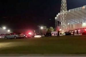 Xả súng tại sân vận động ở Mỹ, nhiều học sinh bị thương nặng