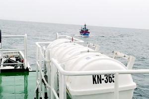 10 thuyền viên mất tích trên biển Lăng Cô đã an toàn
