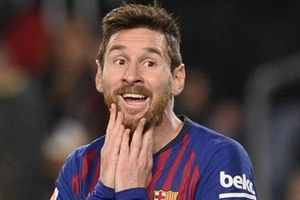 Messi được đánh giá trên tầm Pele và Maradona