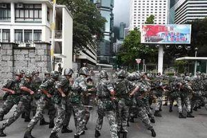 Trung Quốc giải thích việc 'bày binh bố trận' ở Thâm Quyến và Hong Kong