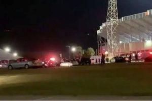 Mỹ: Xả súng ở sân vận động khiến nhiều người bị thương, 5 học sinh nguy kịch