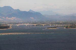 Cầu Cửa Đại, Hội An nhìn từ máy bay trực thăng quân sự