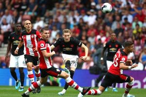 M.U bị 10 cầu thủ Southampton cầm hòa