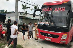 CSGT triển khai bắt xe khách 46 chỗ nhồi 87 người trên đường Hồ Chí Minh ra sao?
