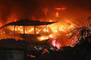 Bộ Tài nguyên và Môi trường: Vụ cháy Công ty Rạng Đông có thể tiềm ẩn nguy cơ ảnh hưởng đến môi trường và sức khỏe